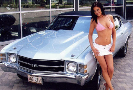 http://www.musclecarbabes.com/chevy_chick_0028.jpg